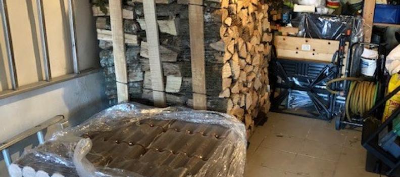 Livraison d'1 palette de 2 stères de bois de chauffage et 250kg de bûches de bois densifié: le 08.10.18
