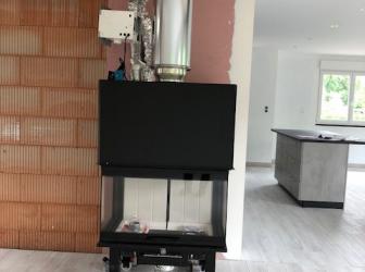 Pose d'un conduit de fumée isolé et installation d'un insert tri-vision sur Westhouse: le 24.05.18