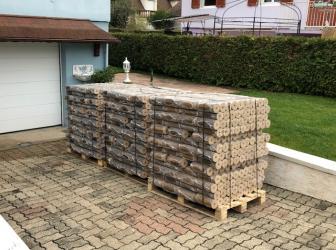 Livraison de 3 tonnes de bûches de bois densifié sur Horbourg-Wihr